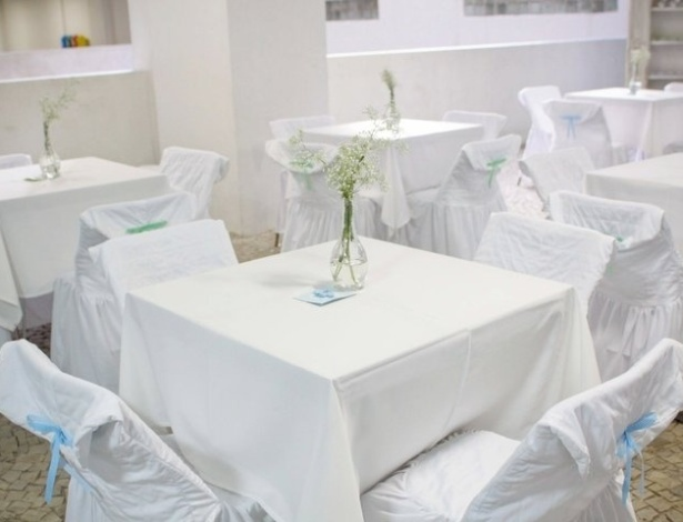 mesa Fábula e Arte - cadeiras