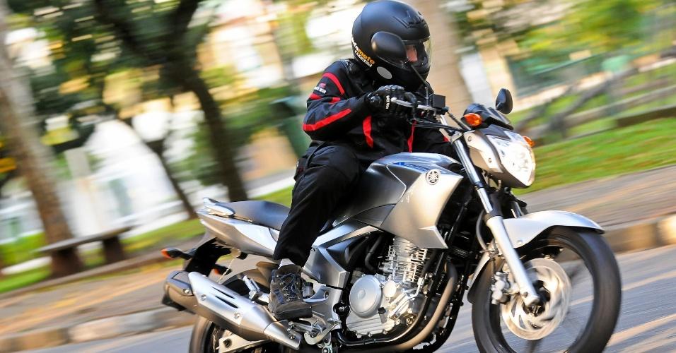 O propulsor da nova Yamaha Fazer 250 YS 2013 oferece bom rendimento em baixas e médias rotações, graças ao bom torque