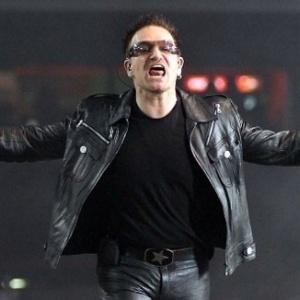 Paul Hewson é o nome do líder do U2, Bono Vox
