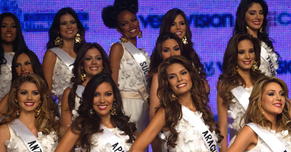 15.jul.2012 - Candidatas ao t&#237;tulo de Miss Venezuela 2012 s&#227;o apresentadas oficialmente em Caracas. O 60&#186; Miss Venezuela ser&#225; disputado no dia 30 de agosto e Irene Esser ir&#225; coroar sua sucessora