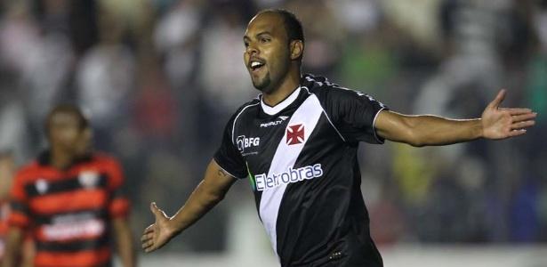 Alecsandro deixa o Vasco e acerta com o Atlético-MG para a temporada 2013