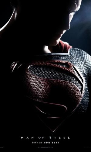 """Além de Cavill, estão no elenco de """"Superman - O Homem de Aço"""" Russell Crowe, Kevin Costner e Amy Adams, entre outros. O pôster acima foi divulgado na Comic-Con 2012"""