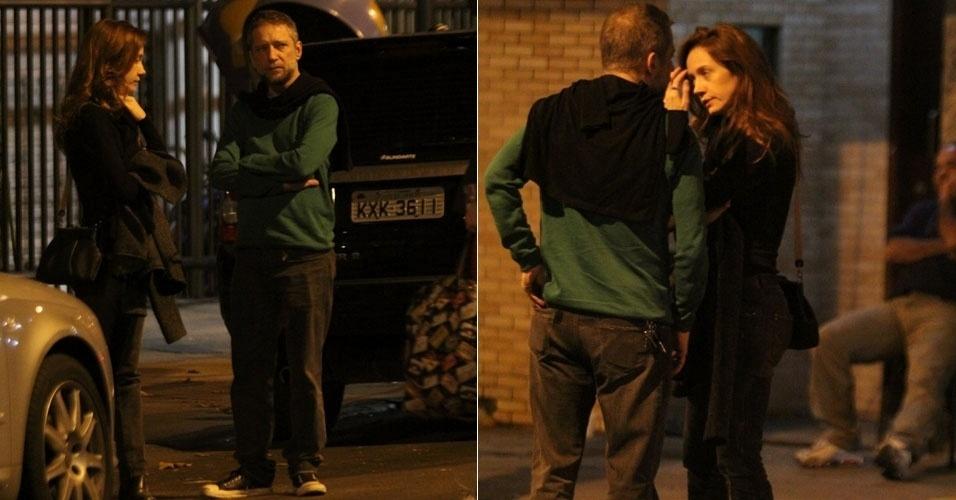 Camila Morgado é vista com designer Luiz Stein, ex-marido da cantora Fernanda Abreu (15/7/12)