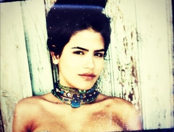 Antônia Morais, filha de Glória Pires e Orlando Morais, posta foto no Instagram (17/7/12)