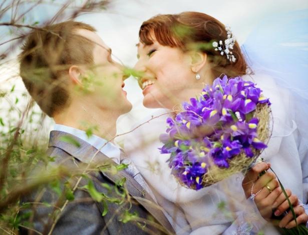 Escolha as flores do buquê de acordo com a estação em que o casamento será realizado