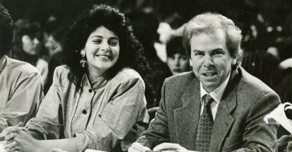 Os jurados Sonia Lima e Nelson Rubens durante gravação do Programa Silvio Santos em agosto de 1992