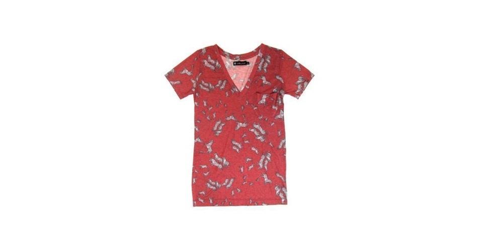 As estampas figurativas são tendência para o Verão 2013. Camiseta; de R$ 278 por R$ 167, na Mellina (Tel.: 11 3552-4260). A liquidação da marca vai até o dia 31 de julho e os descontos chegam a 50%. Preço pesquisado em julho de 2012 e sujeito a alterações