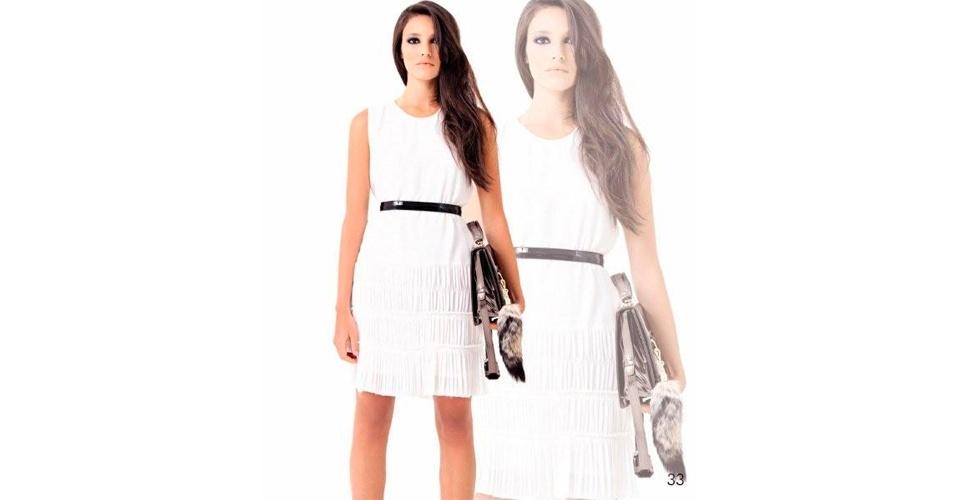 O branco é um clássico do verão e apareceu nas passarelas de moda. Vestido de crepe; R$ 1.410 por R$ 423, na NK Store (Tel.: 11 3897-2600) . A liquidação da marca vai até o final do estoque e os descontos chegam a 70%. Preço pesquisado em julho de 2012 e sujeito a alterações