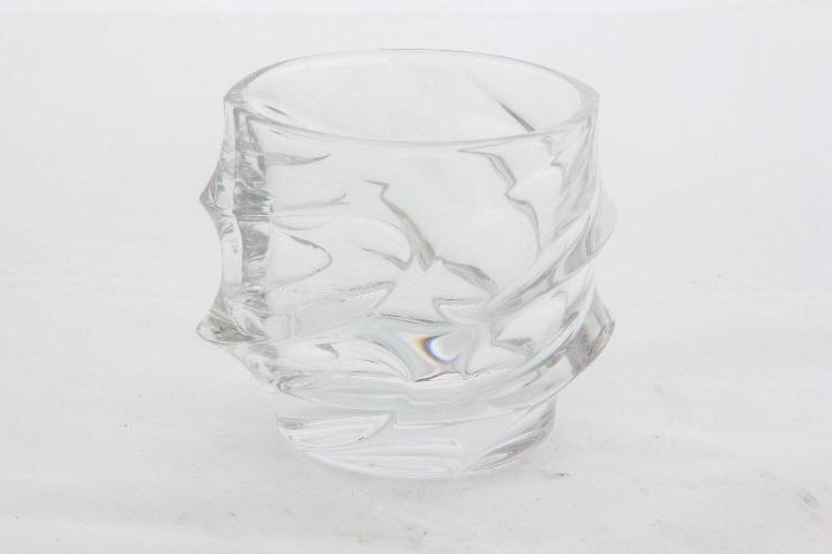 De cristal, o jogo com seis copos para whisky, de R$ 540, pode se comprado por R$ 324 até o dia 31 de julho de 2012 na Grifes & Design (www.grifesedesign.com.br)