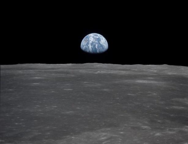 19 jul 1969 a apollo 11 entrou na órbita da lua depois de 24 horas