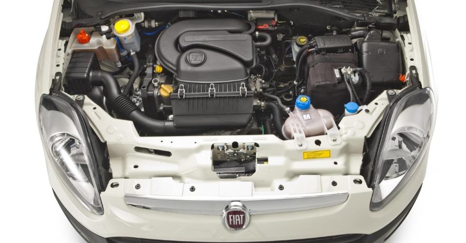 O motor 1.4 Fire Evo do Punto Attractive 2013 ganhou variador de tempo de válvulas que fez a potência saltar de 86 cv para 88cv, com etanol