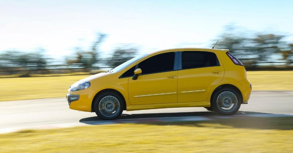 A versão Sporting não tem tantas diferenças em relação à Essence -- as principais mudanças são as rodas e o nome da versão na carroceria