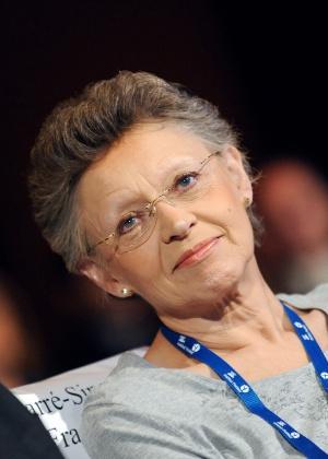 A vencedora do Nobel de Medicina em 2008 Françoise Barre-Sinoussi, em evento no Instituto Pasteur