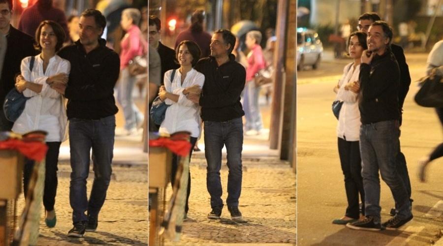 Andréia Horta e Ângelo Antônio circularam juntos pelo bairro do Gávea, zona sul do Rio (20/7/12)