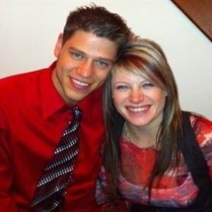 21.jul.2012 - Foto de Jansen Young com o namorado Jon Blunk, uma das vítimas do atirador
