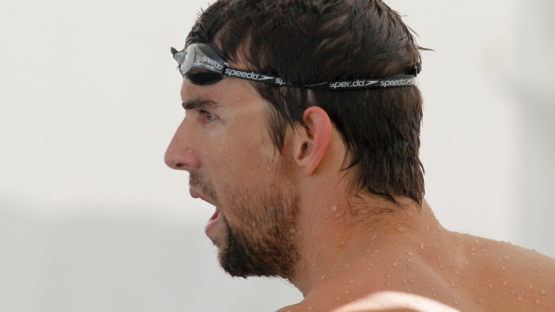 Nadador norte-americano Michael Phelps treina em Londres neste sbado (21/07/12)
