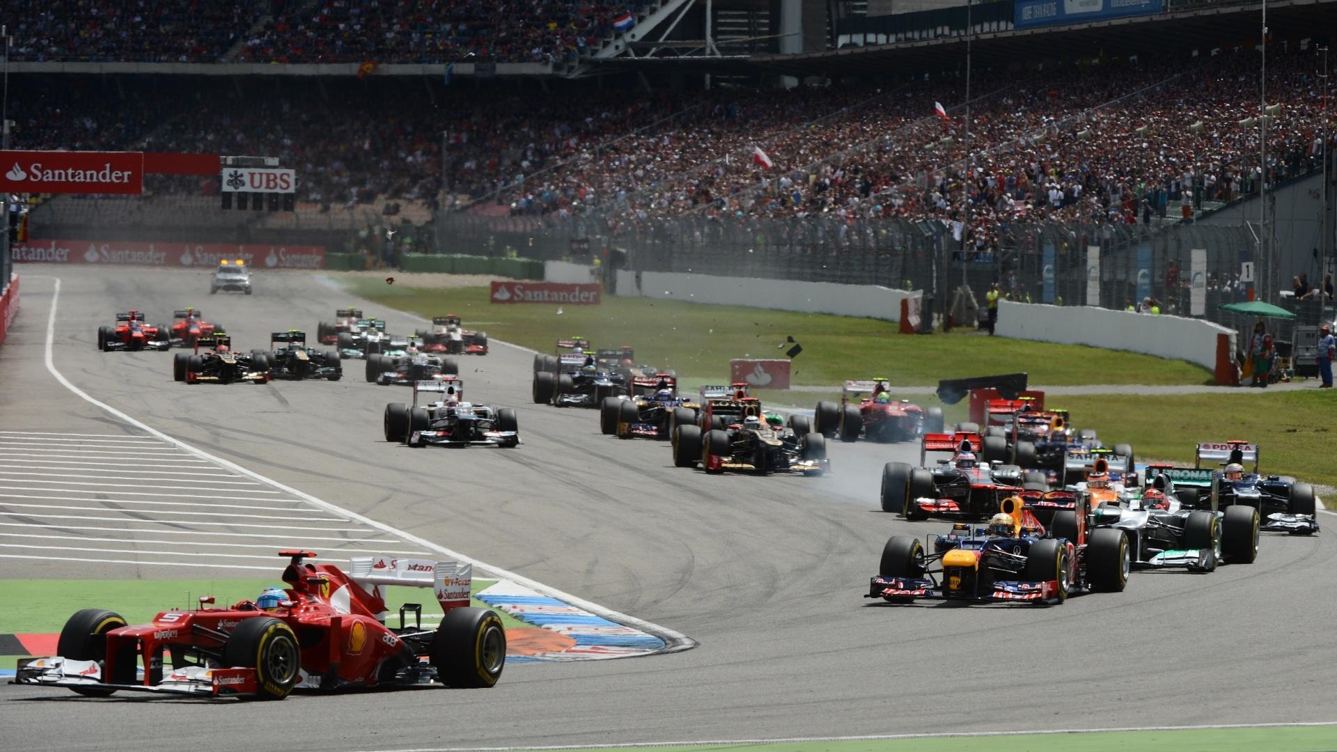 Fernando Alonso não teve problemas para manter a primeira colocação na largada do GP da Alemanha