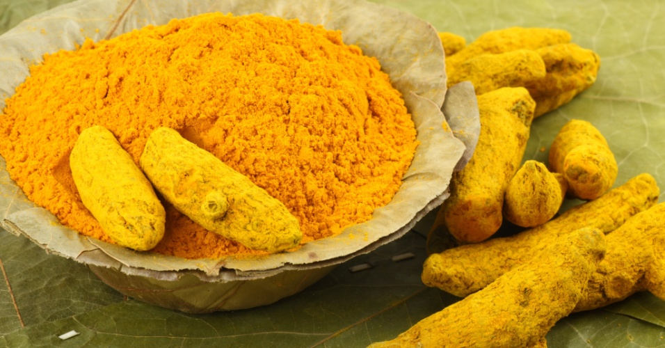 Curcuma, curcuma em p&#243;