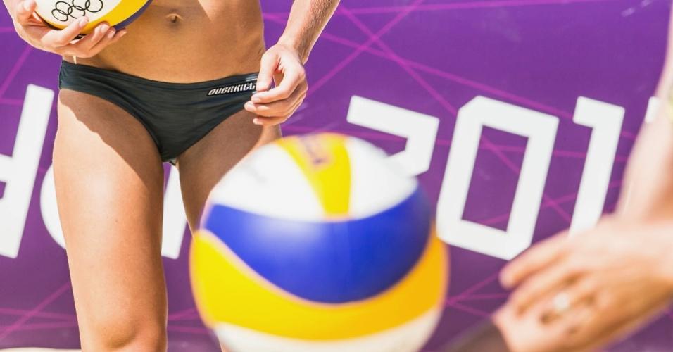 Ideia de ter mulheres desfilando de biquínis no centro de Londres faz com que o vôlei de praia esteja entre os eventos de maior expectativa