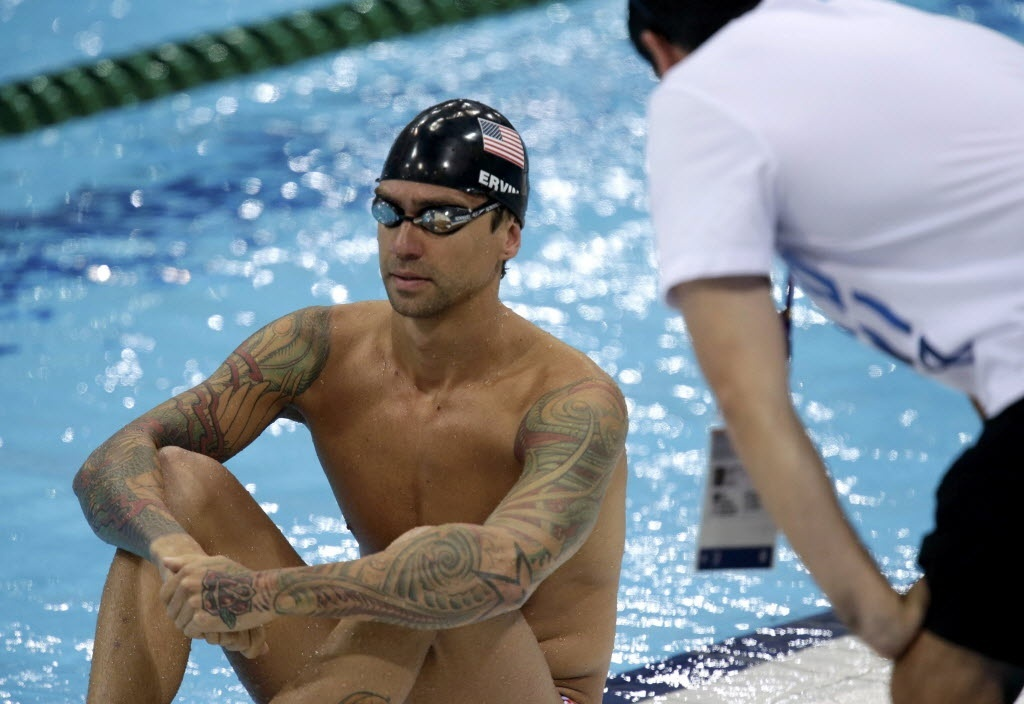 Norte-americano Anthony Ervin fechou os braos com tatuagens