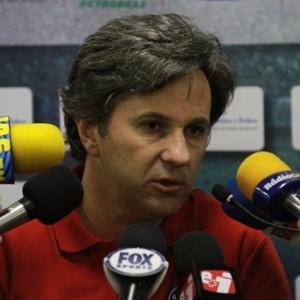 Caio Junior participa de entrevista coletiva