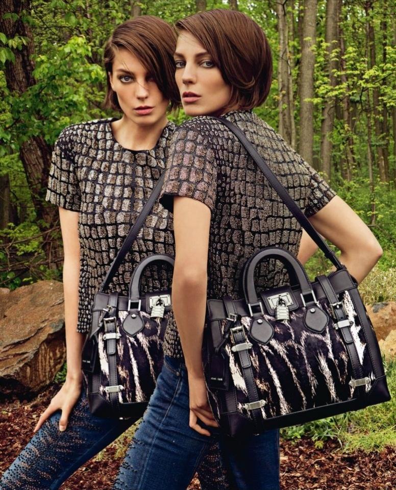 Campanha de Roberto Cavalli com Daria Werbowy para o Inverno 2012/13