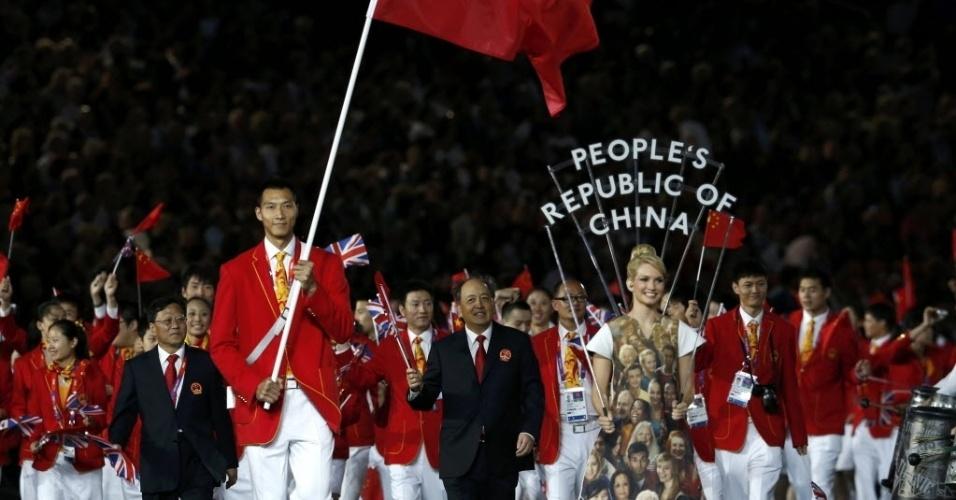Delegação chinesa durante desfile na cerimônia de início dos Jogos Olímpicos de Londres