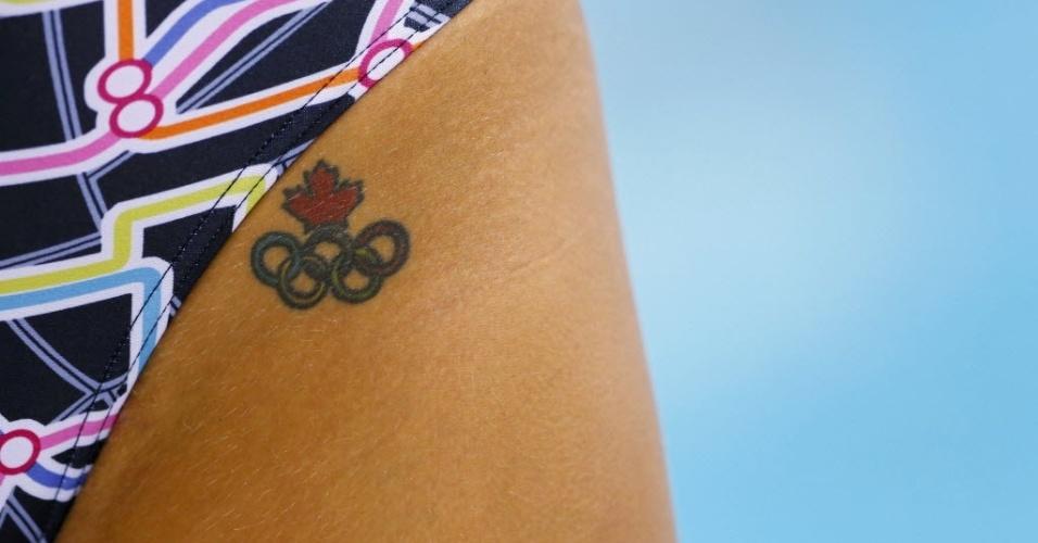Nadadora canadense escolheu um lugar quase indiscreto para sua tatuagem olímpica