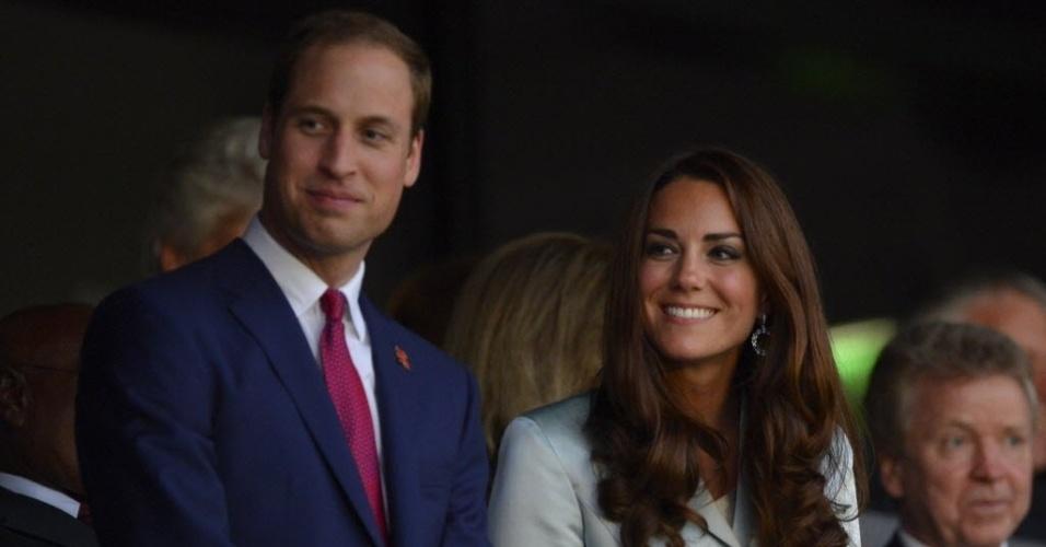 Príncipe William e a Duquesa de Cambridge, Kate Middleton acompanham abertura dos Jogos Olímpicos