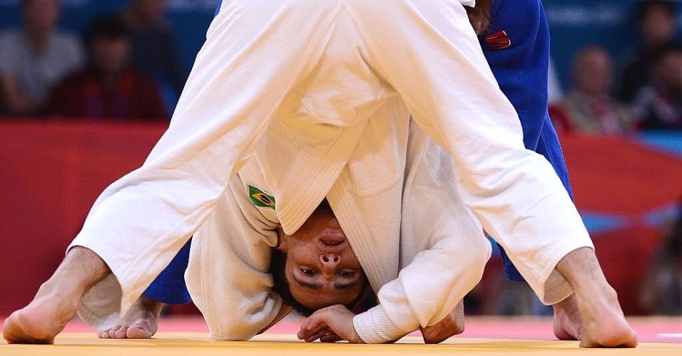 Felipe Kitadai é clicado durante sua jornada até a medalha de bronze nos Jogos de Londres, o primeiro pódio brasileiro na competição (28/07/2012)