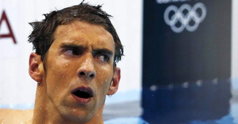 Michael Phelps faz careta ao conferir resultado dos 400 m medley em Londres; ele ficou de fora do pódio