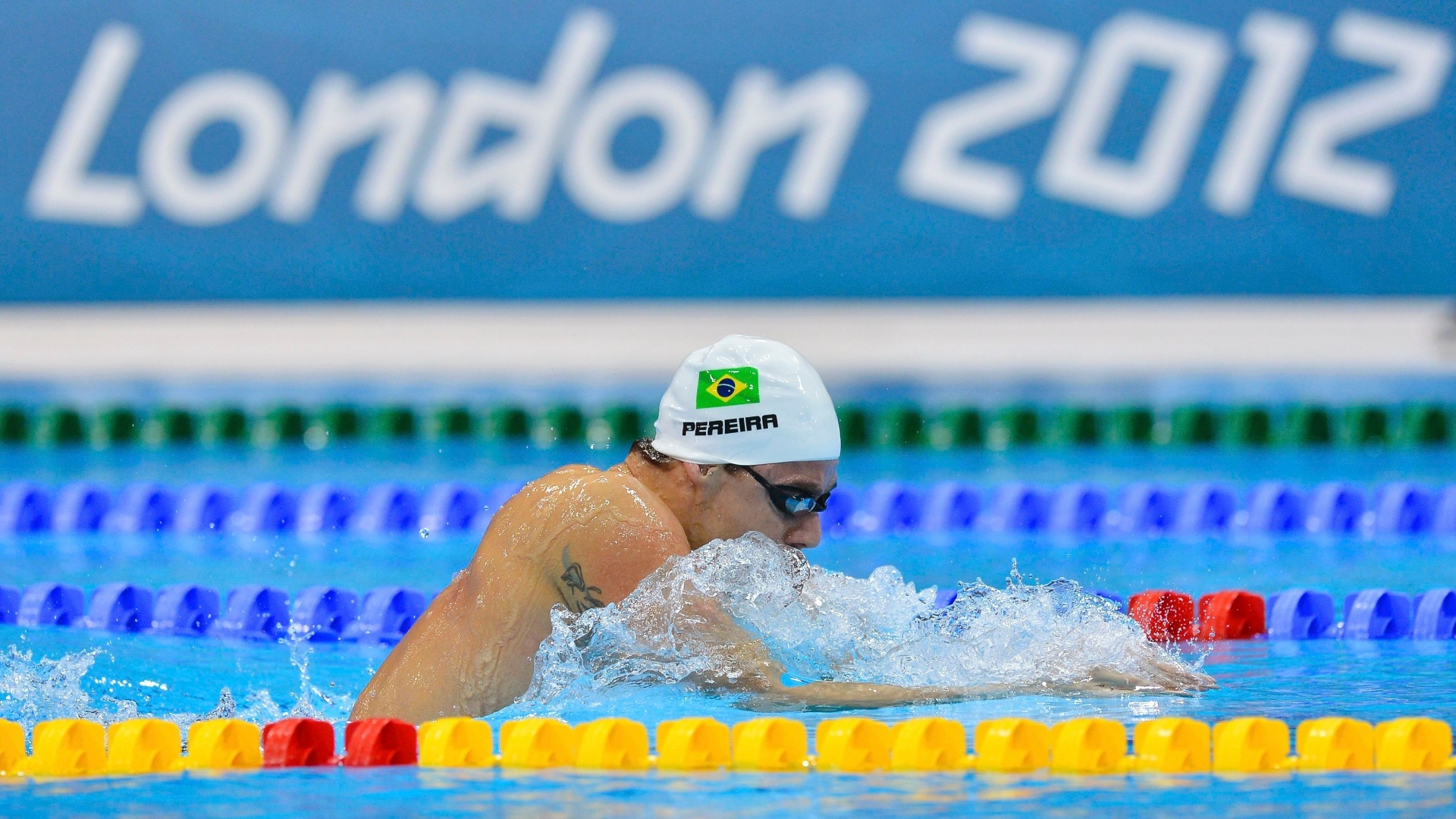 Nadador Thiago Pereira avanou  final dos 400 m medley com quarto melhor tempo (4min12s39),  frente do norte-americano Michael Phelps