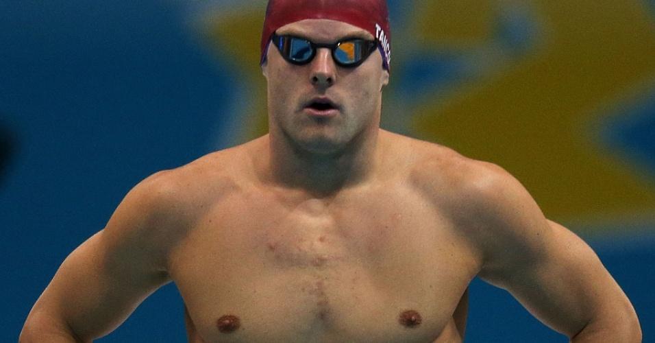 Britânico Liam Tancock se prepara para nadar as eliminatórias dos 100 m costas no segundo dia da natação olímpica em Londres (29/07/2012)