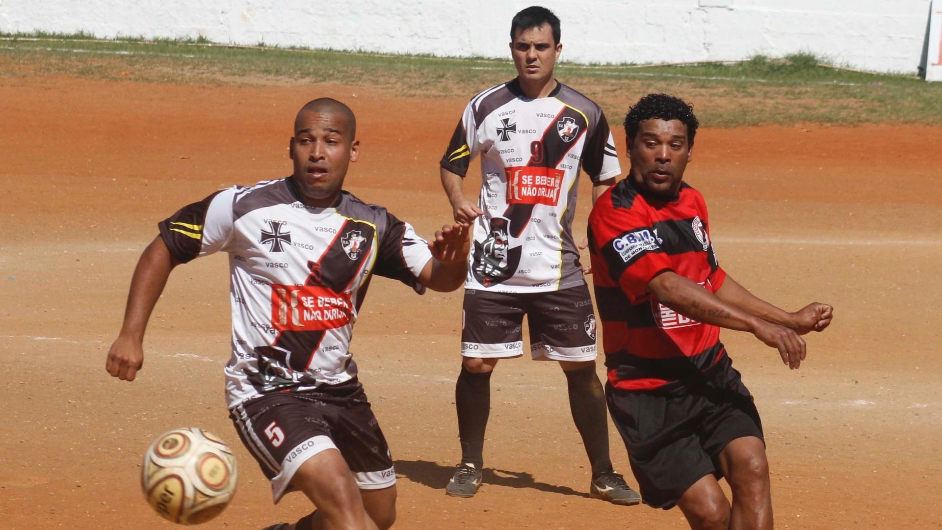Grande clássico entre Vasco e Flamengo da várzea mereceu destaque