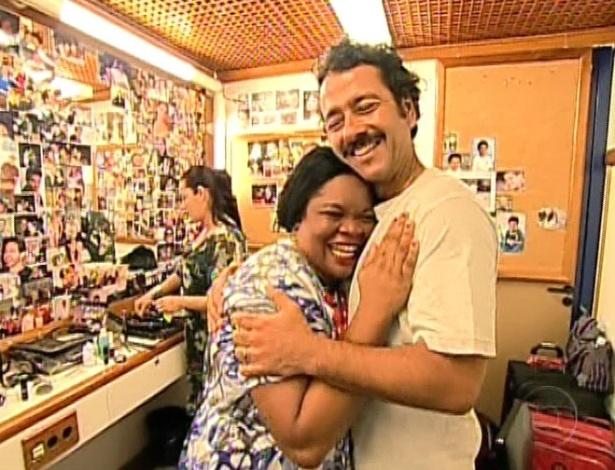 """Marcos Palmeira recebe a vencedora do concurso """"A empregada mais cheia de charme do Brasil"""", realizado no """"Fantástico"""""""