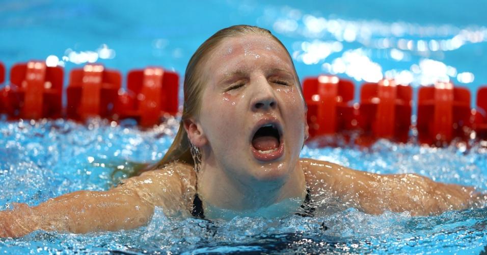 Nadadora britânica Rebecca Adlington momentos após ganhar a medalha de bronze nos 400m livres nos Jogos Olímpicos de Londres