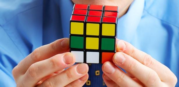 De acordo com o psicólogo Thiago de Almeida, nos comportamos de modo a sofrer o mínimo possível