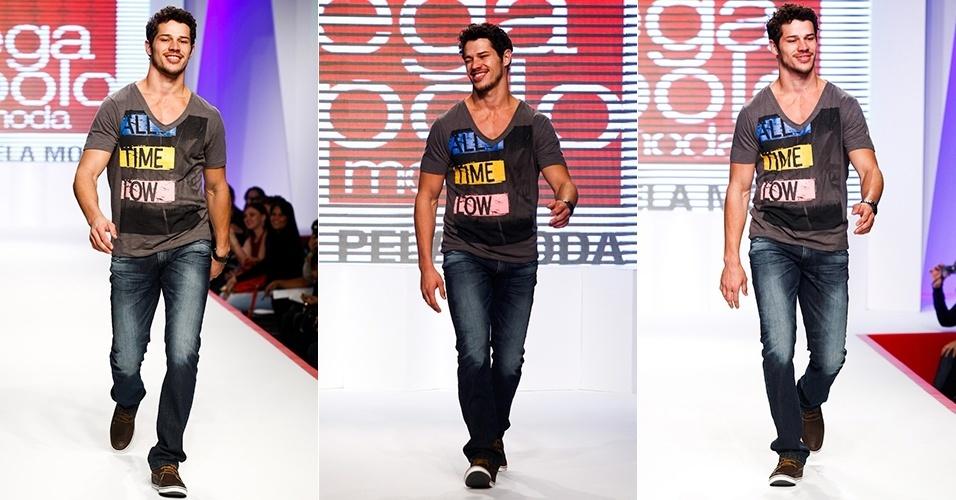 José Loreto desfila para o Mega Polo Moda Verão 2013 (30/07/2012)