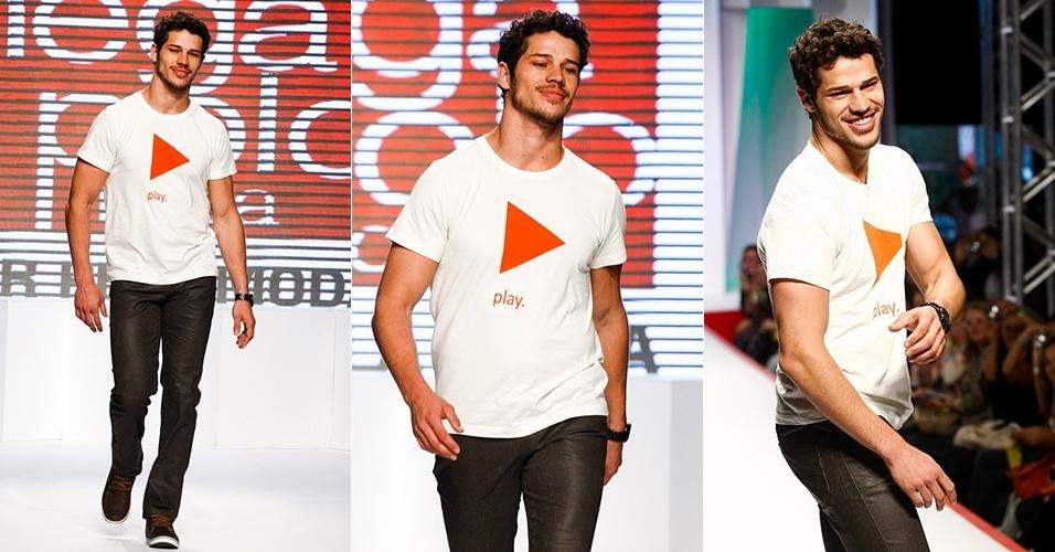 O ator José Loreto retorna à passarela do Mega Polo Moda (30/07/2012)