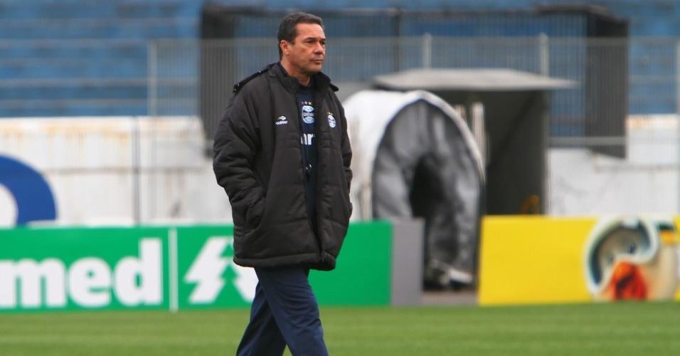 Vanderlei Luxemburgo confirmou que só poupará um jogador no Grêmio (30/07/2012)