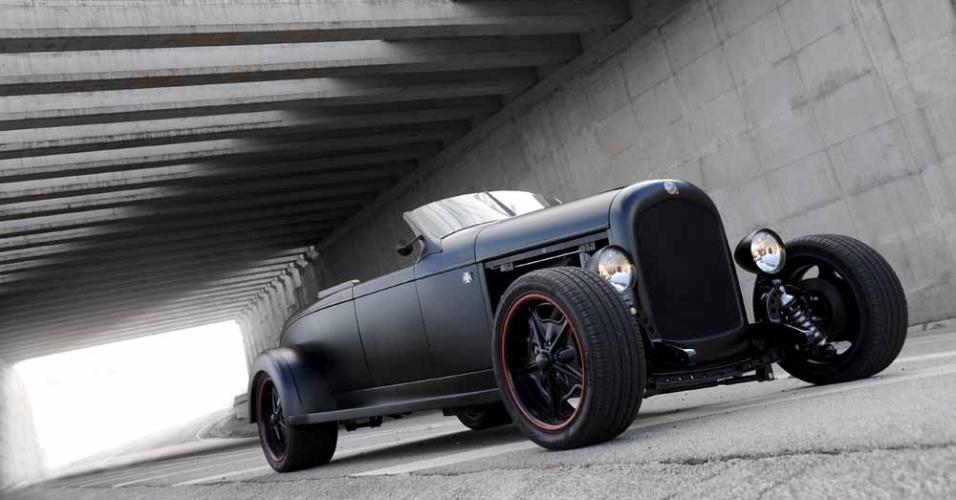 Chrysler 72 Roadster, de 1928, ganha motor V8 e câmbio de Dodge e recebe visual inspirado na Harley-Davidson Night Rod Special