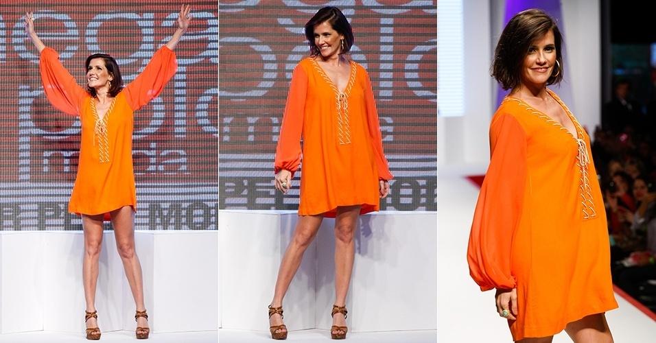Deborah Secco desfila no Mega Polo Moda (31/07/2012)