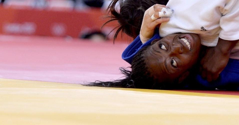 Em disputa pelo bronze, francesa Emane Gevrise fica de cabeça para baixo contra Da-Woon Joung