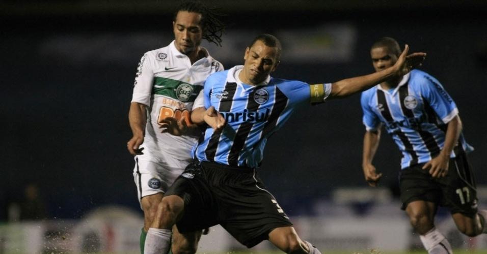 Grêmio e Coritiba fazem sua estreia na Sul-Americana