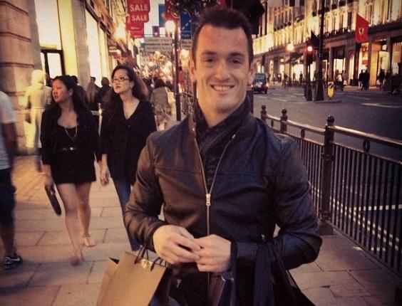 Após participação nos Jogos Olímpicos, ginasta Diego Hypólito passeia em Londres