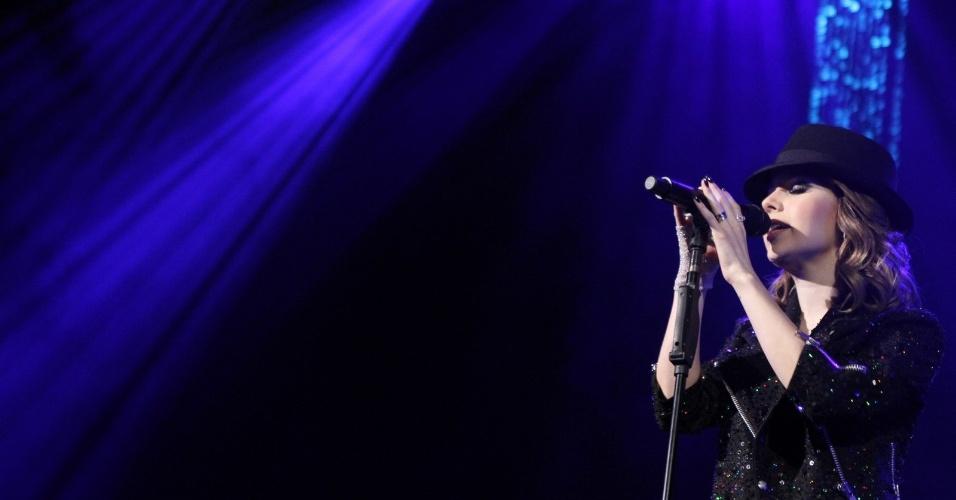 Artista desde criança, assim como Jackson, Sandy se identificou com a pressão que o cantor aguentou a vida inteira (2/8/12)