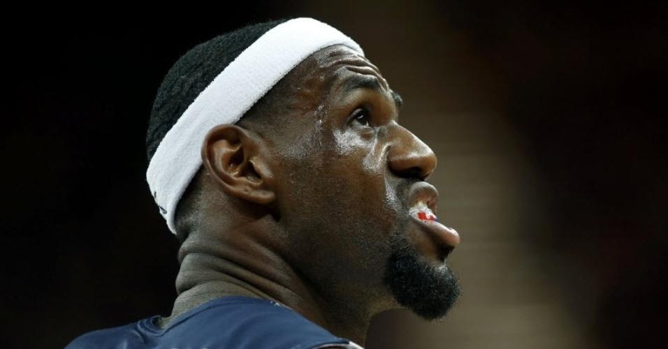 Os EUA fizeram bonito, mas LeBron James fez cara feia na vitória sobre a Nigéria