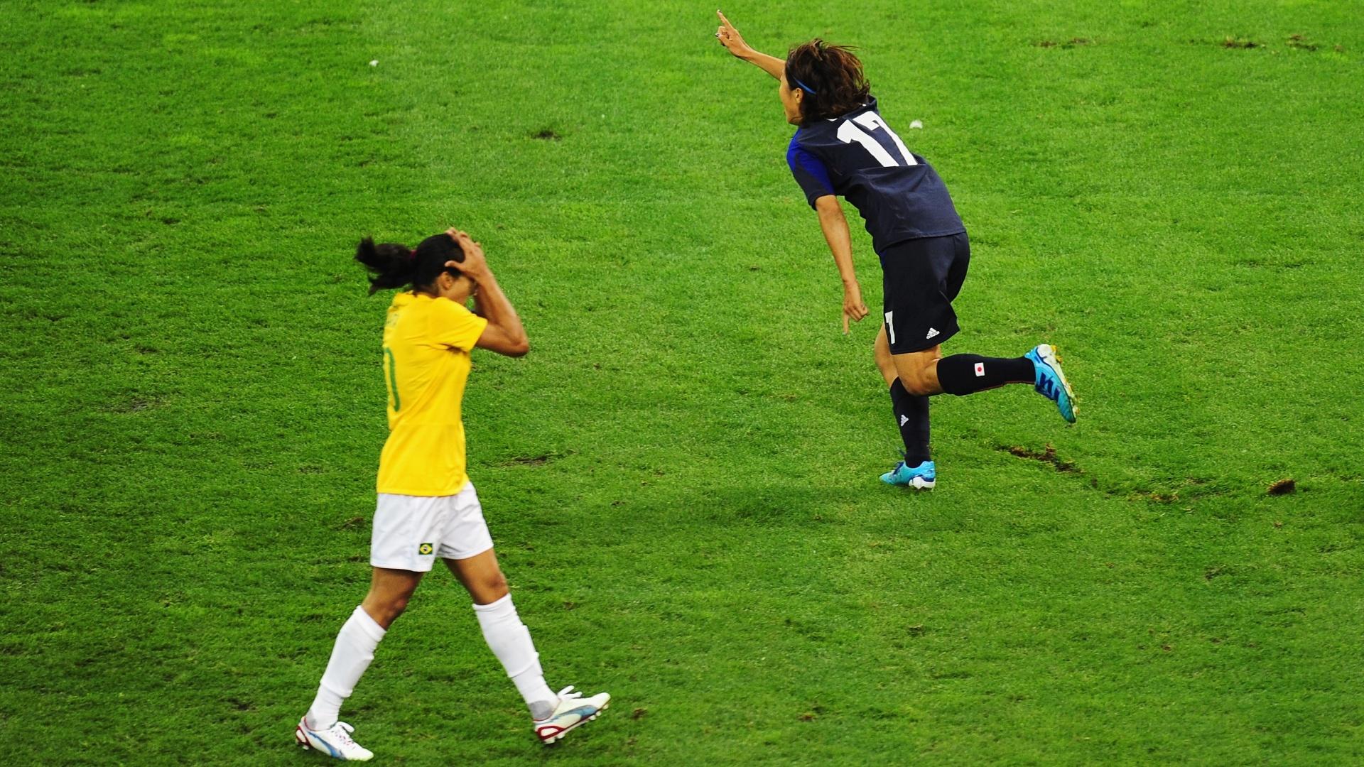 Marta lamenta gol marcado pela camisa 17 japonesa Yuki Ogimi