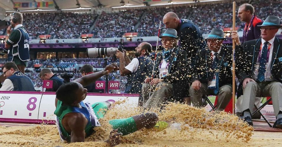 Mauro Vinícius da Silva faz a melhor marca das eliminatórias do salto em distância na Olimpíada