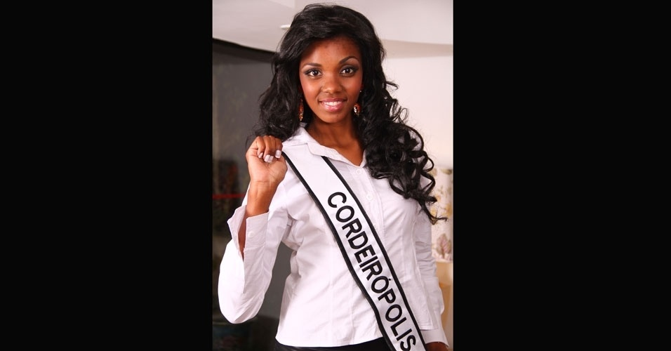 Miss Cordeir&#243;polis, Layla Thamara Penas, 18